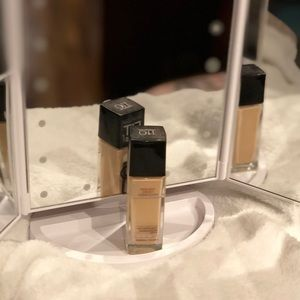 Maybelline Fit Me Dewy + Smooth Foundation 110